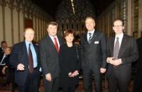 V.l.n.r.: Werner Spies, Fritz Schramma (Oberbürgermeister der Stadt Köln), Suzanne Pagé, Gerald Böse (Koelnmesse), Klaus Gerrit Friese (BVDG). Foto: Koelnmesse