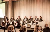 Kunstmarktkonferenz 29.11.2013. Panel 2 Finanzen. Stefan Koldehoff, Konrad O. Bernheimer, Philip Hoffman, Florian Greiner, Thomas Rusche, Thaddaeus Ropac (vlnr)