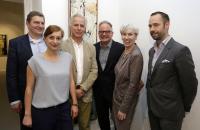 "BVDG ""Im Dialog"" Hamburg, 07.2014. Egbert Rühl (Kreativgesellschaft HH), Thea Dymke (BVDG), Thomas Levy (Galerie Levy), Bert Kaufmann (Deichtorhallen), Kultursenatorin Barbara Kisseler, Thole Rotermund (BVDG)"