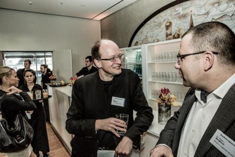 Museum Reloaded. FAF Konferenz 28.11.2013, Berlin. Andreas Platthaus (FAZ) interviewt Thomas Berghuis (Robert H. N. Ho Family Foundation Curator of Chinese Art; re)