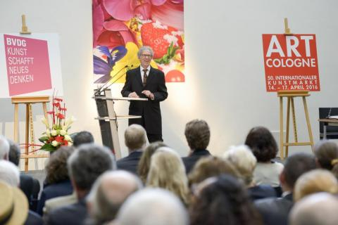 AC-Preis 2016 Raimund Thomas hält die Laudatio auf Raimund Thomas © koelnmesse