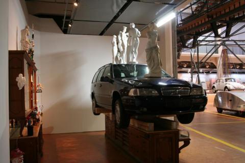 Courtesy Knecht und Burster Karlsruhe. ZKM Ausstellung car culture. Objekt Pavel Schmidt. Foto Alfred Knecht.2012