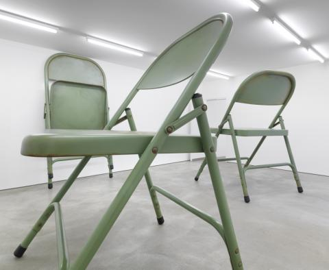 Courtesy Sprueth Magers Berlin. Robert Therrien. Installation view 2011