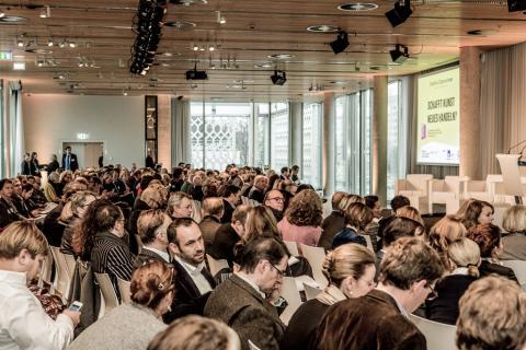Kunstmarktkonferenz 29.11.2013. Berlin, Cafe Moskau