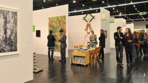 NEW POSITIONS 2012_Luisa Kasalicky_Galerie naechst St. Stephan © Koelnmesse