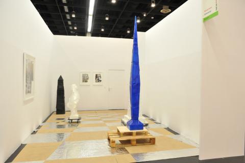 NEW POSITIONS 2012_Michaël Aerts_DEWEER gallery_Ottegem © Koelnmesse
