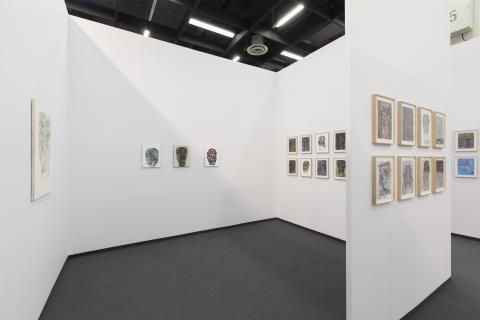 NEW POSITIONS auf der ART COLOGNE 2014. Malerin Hedwig Eberle bei Galerie Jahn, München © Koelnmesse